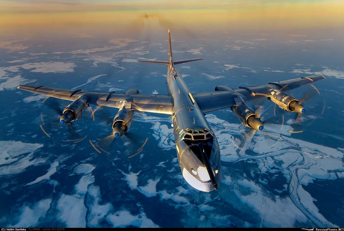 Bombardeiros Tupolev Tu-95 voam sobre espaço aéreo do EUA no Alasca sem serem incomodados/interceptados