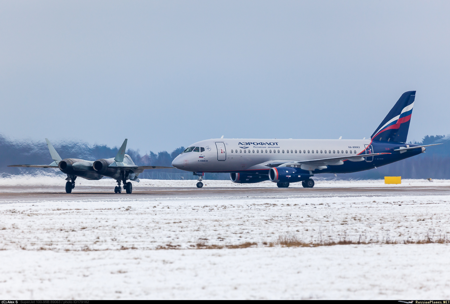 http://russianplanes.net/images/to180000/179182.jpg