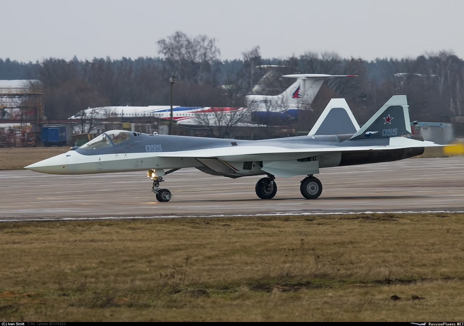 Airplane T-50-11 arrived in Zhukovsky 58