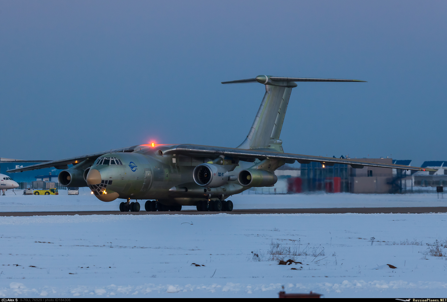 http://russianplanes.net/images/to185000/184308.jpg
