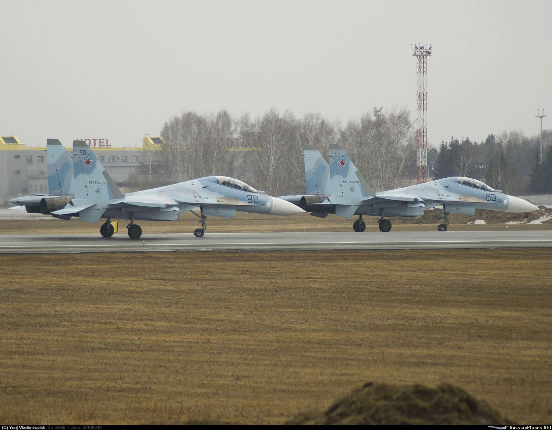 ВКС России получили последние два истребителя Су-30М2