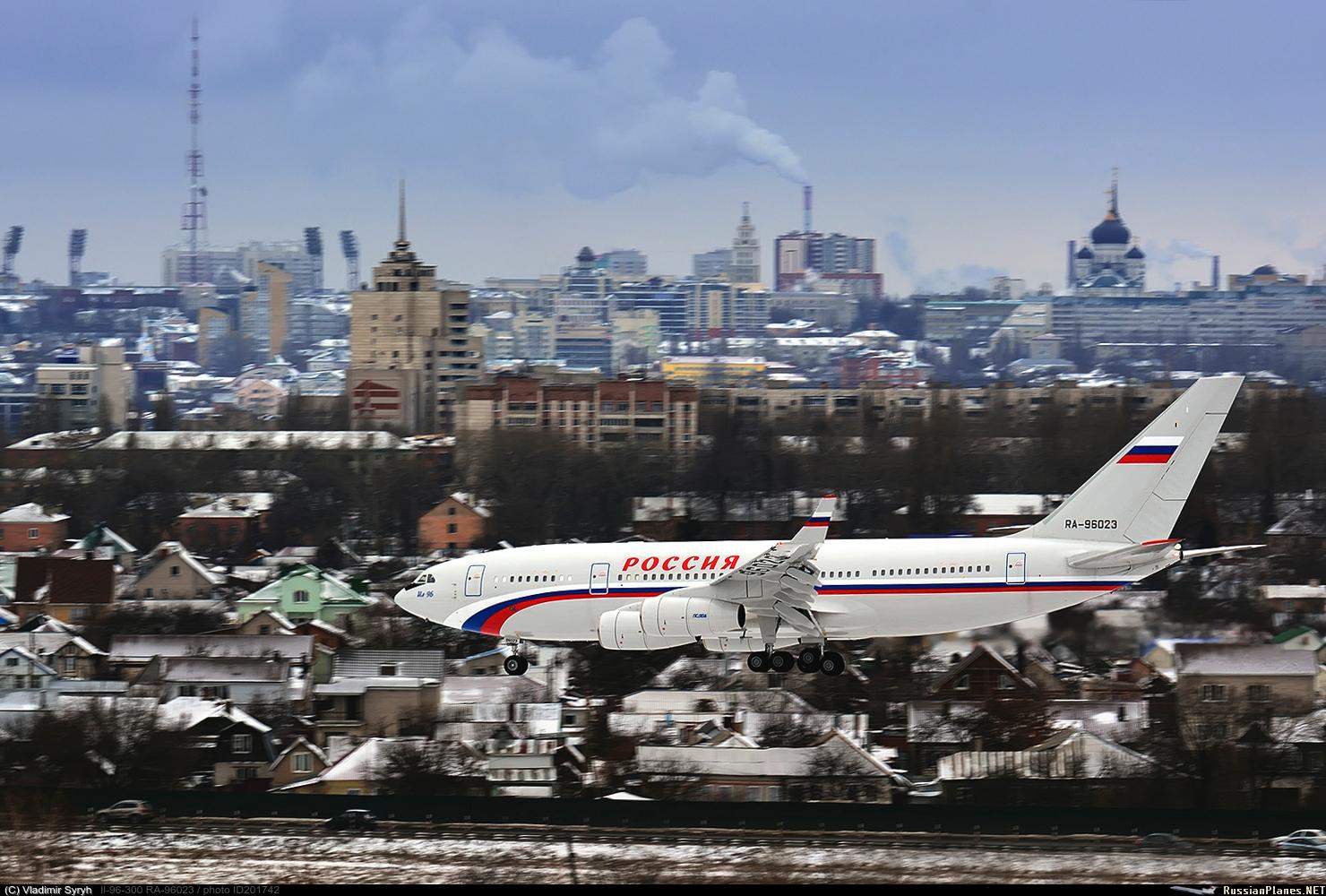 """В СЛО """"Россия"""" поставлен еще один самолет Ил-96-300 новой постройки"""