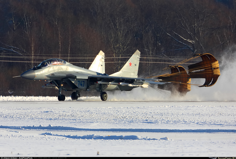 """""""Штрихи к портрету"""" истребителя МиГ-35"""