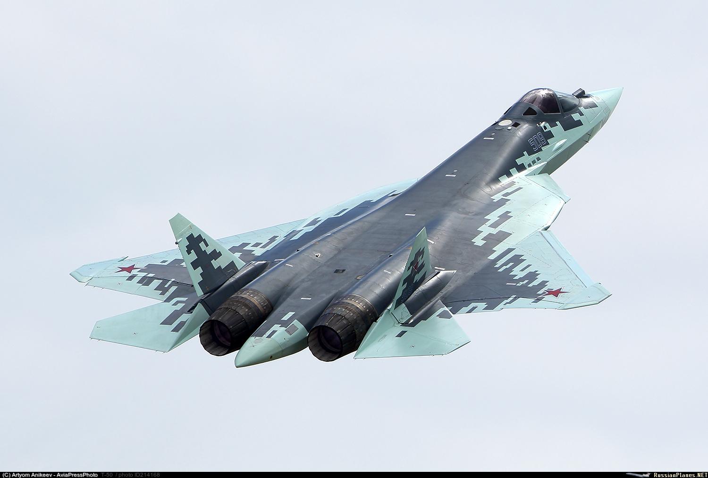 Как сообщается, серийный вариант истребителя Т-50 получил официальное наименование Су-57
