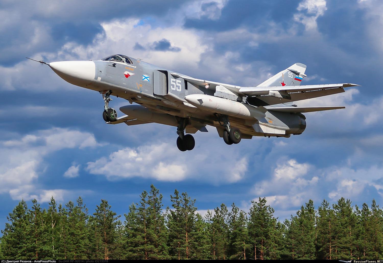 Su-24 Fencer - Page 3 215378