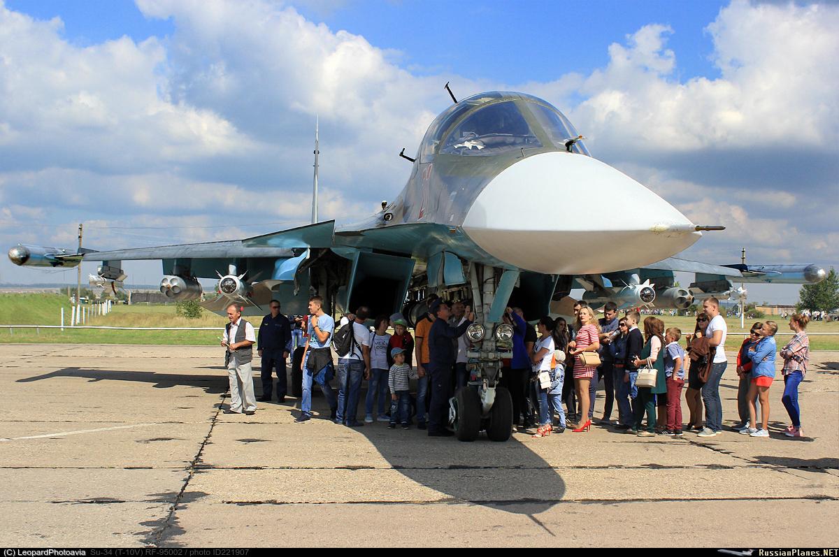 Além do uso bastante amplo do Su-34 na Síria como bombardeiro, a plataforma também parece estar desempenhando um papel maior nas ambições da Rússia sobre o Ártico.