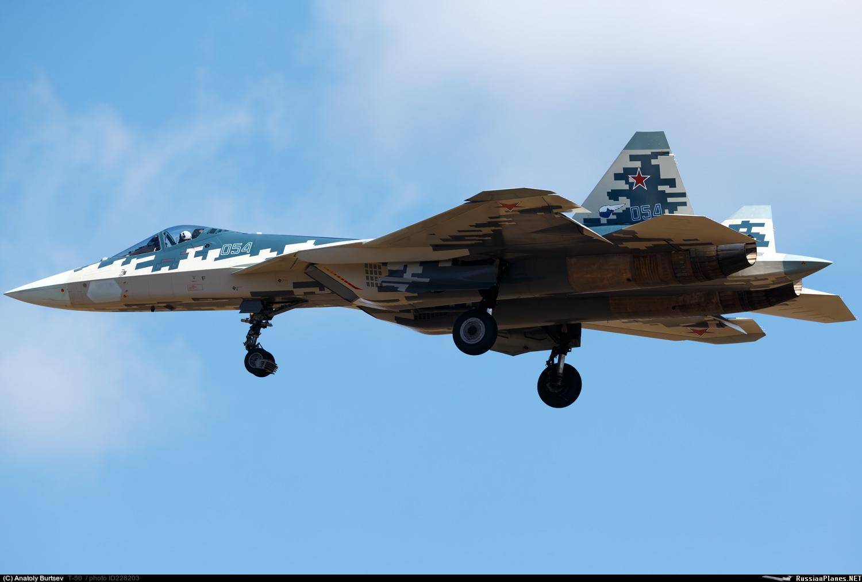 مقاتله Sukhoi T-50 PAK FA سيتغير اسمها الى Su-57  - صفحة 3 228203