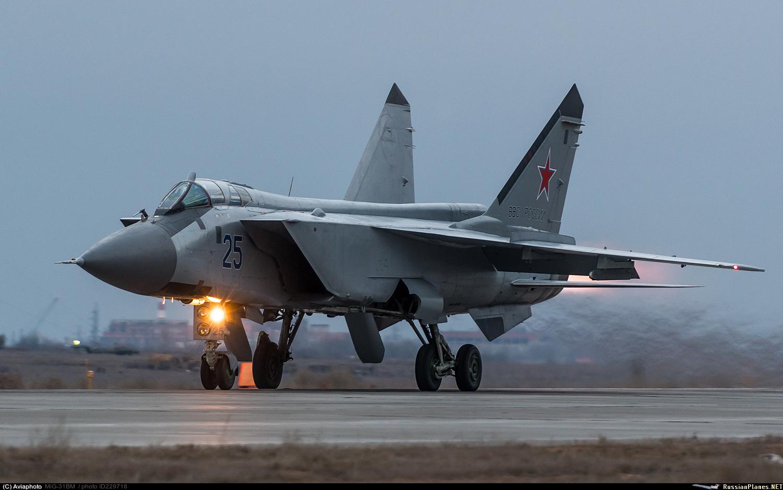 Перехватчик МиГ-31 - взгляд с Запада