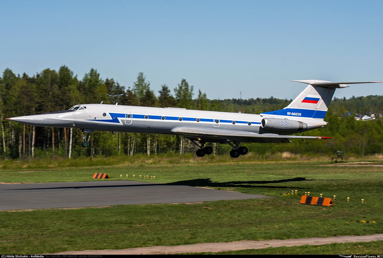 Tupolev Tu-134UB-L