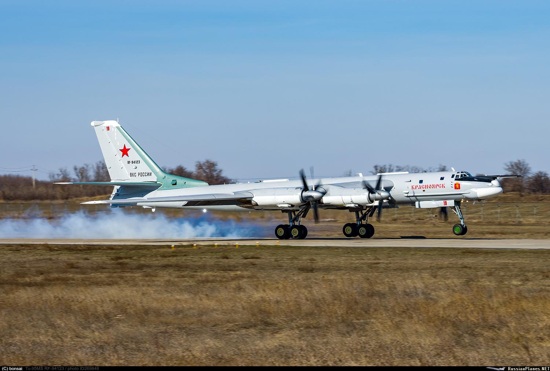 https://russianplanes.net/images/to270000/269848.jpg