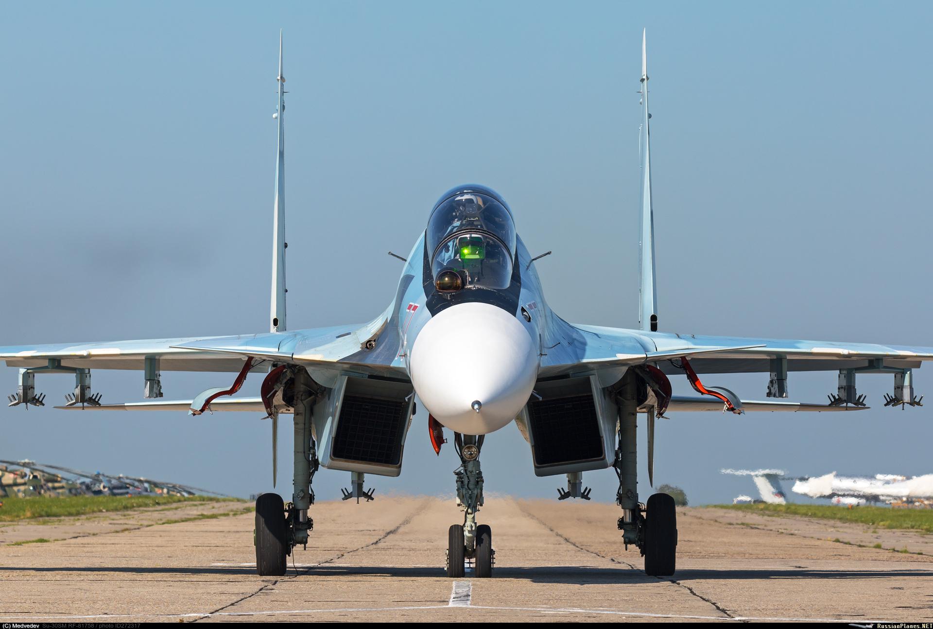 https://russianplanes.net/images/to273000/272317.jpg