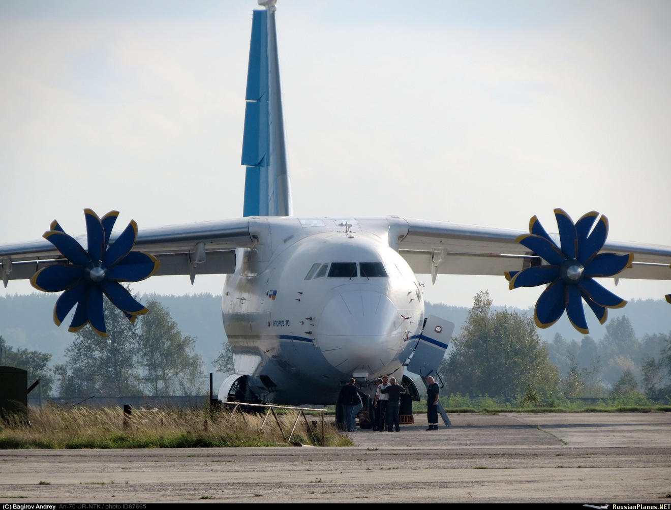 http://russianplanes.net/images/to88000/087665.jpg