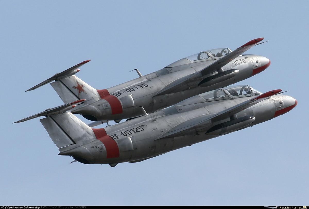 RF-00125, RF-00130, Aero L-29, РОСТО/ДОСААФ облёт продукции Мех ...